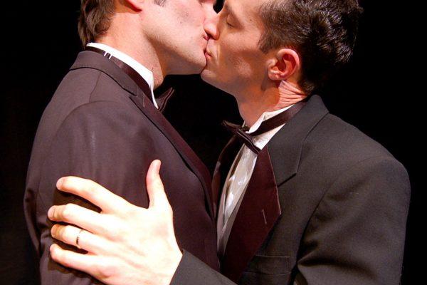 Kissing 2